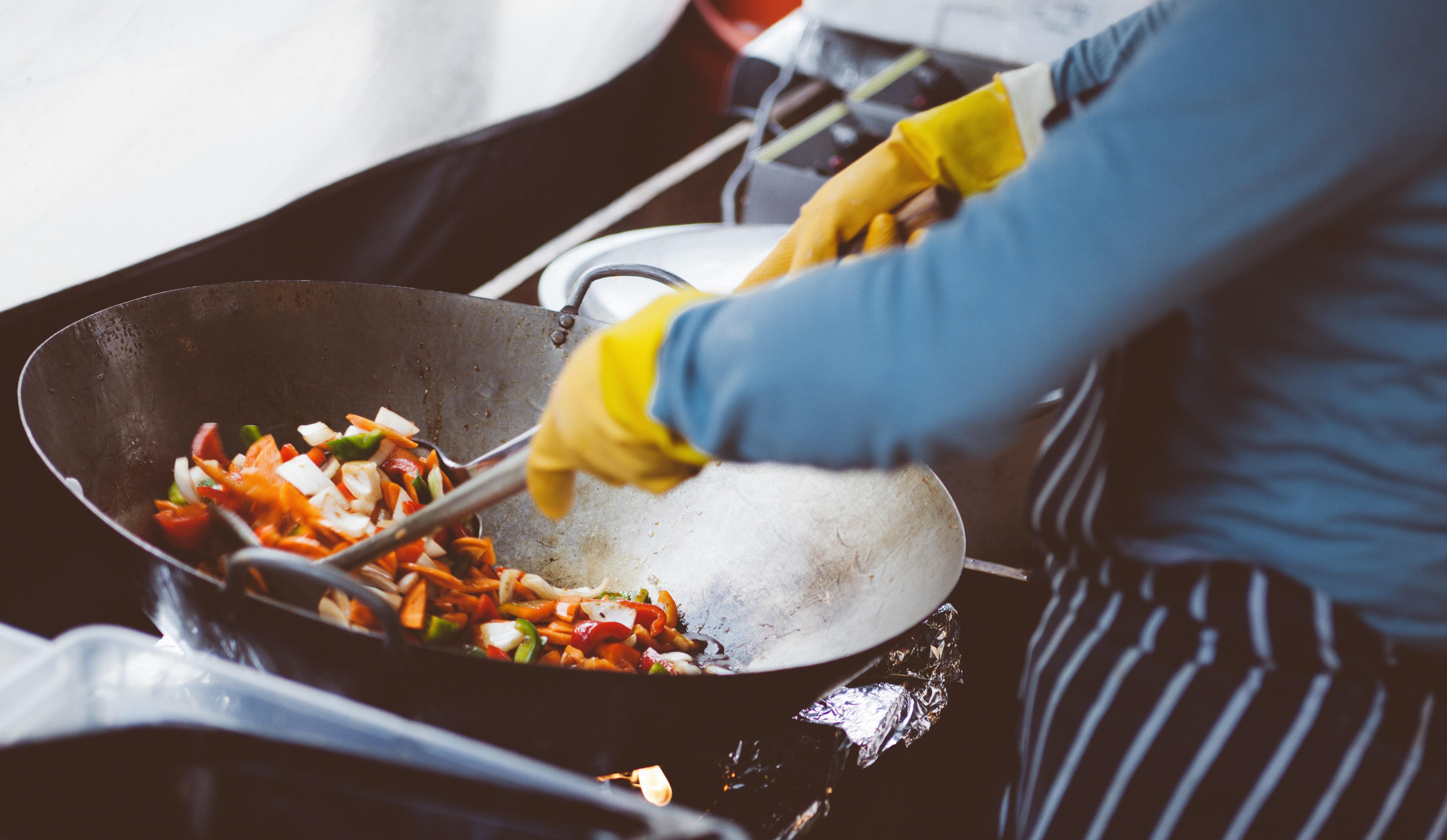 SHOW COOKING DI RICETTE TIPICHE SICILIANE